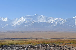 В Чон-Алайском районе построят городок для этнических кыргызов из Малого и Большого Памира