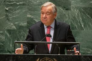 Человечество переживает кризис за кризисом и при этом продолжает двигаться к краю пропасти — Генсек ООН