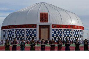 В Туркменистане пустуют дорогостоящие объекты, торжественно открытые президентом Бердымухамедовым