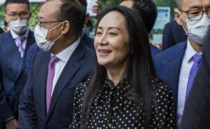 Мэн Ваньчжоу, выйдя на свободу из Верховного суда канадской провинции Британская Колумбия, сказала журналистам, что у нее отняли три года жизни