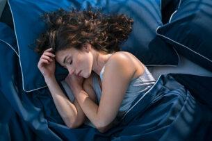 Доктор объяснил, почему не стоит спать без одежды