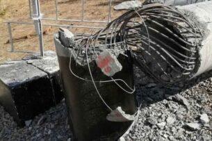 Чтобы не излучала: селяне трактором снесли вышку сотовой связи