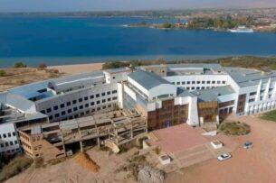 АКНЕТ перечислил 1 млн сомов на восстановление центра «Алтын Балалык»
