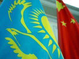 «Пекин включил экономический рычаг давления на Казахстан»: таможенный брокер