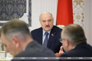 Лукашенко объяснил, почему его заявление о влиянии ковида на онкологию вызвало большой резонанс