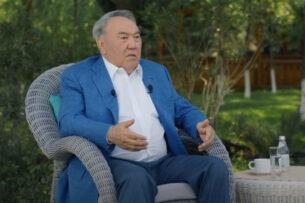 «Утром позвонил Путину»: Назарбаев рассказал, как шокировал своим уходом президента России