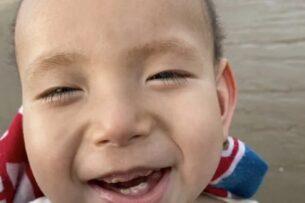 В Китае отец не может достать препарат для смертельно больного сына. Поэтому мужчина решил изготовить его сам